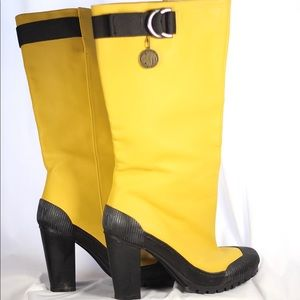 Knock Out Yellow Rain Boots!
